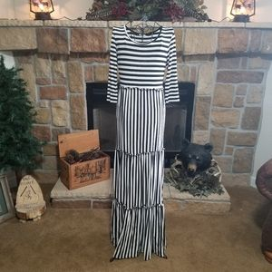 NWOT Ladies Black and White Striped Maxi Dress